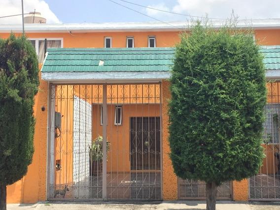 Casa En Residencial Zacatenco.
