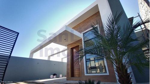 Casa Para Venda Em Ponta Grossa, Le Park, 3 Dormitórios, 1 Suíte, 2 Banheiros, 2 Vagas - _1-1796086