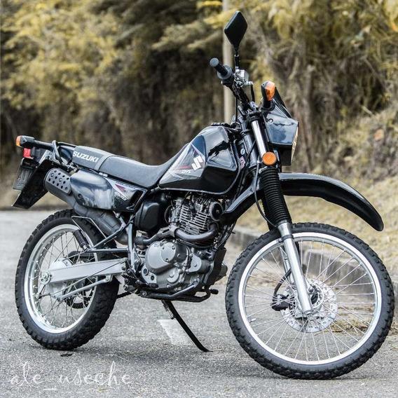 Suzuki Dr 200 Negro