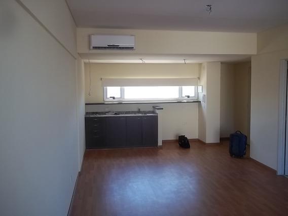 1 Ambiente Lujo P/vivienda O Oficina C/ Solarium Baño Comple