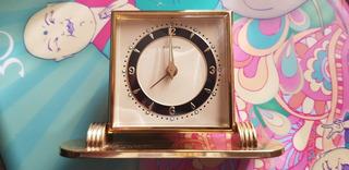 Reloj De Mesa A Cuerda Europa Decada 50.