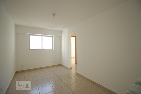 Apartamento Para Aluguel - Taguatinga, 2 Quartos, 45 - 893116239
