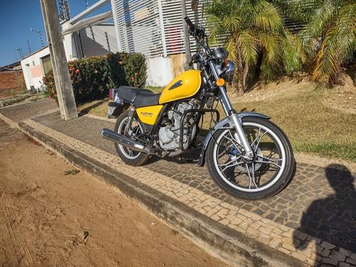 Imagem 1 de 5 de Suzuki Intruther 2011