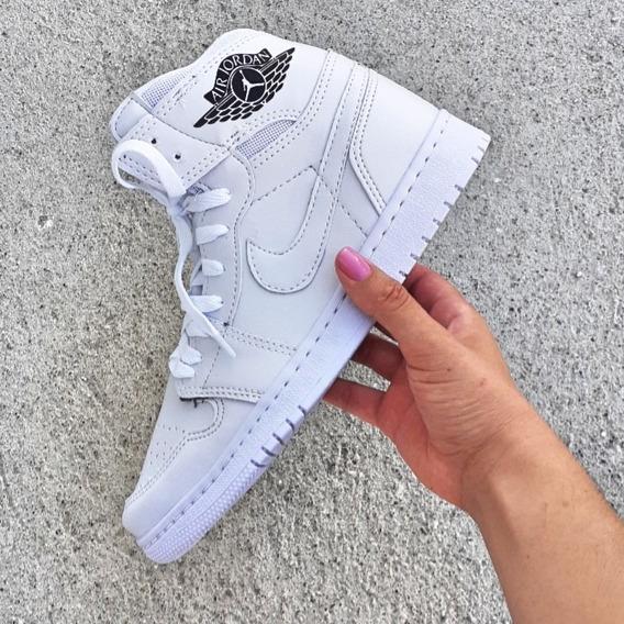 Tênis Nike Jordan + Brinde