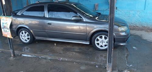 Imagem 1 de 8 de Chevrolet Astra Hatch