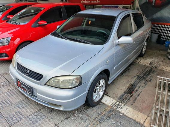 Chevrolet Astra - 2001/2001 1.8 Mpfi Millenium Ii Sedan 8v