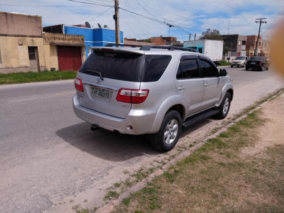 Toyota Sw4 3.0 Srv 7l 4x4 Aut. 5p 2010