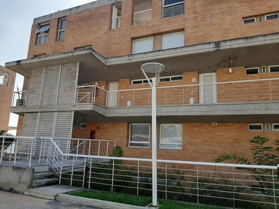 Maria Jose 20-6198 Vende Casa En Alto Hatillo
