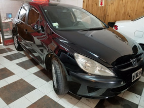Peugeot 307 2006 Nafta 1.6 Negro 5ptas Financio 100%