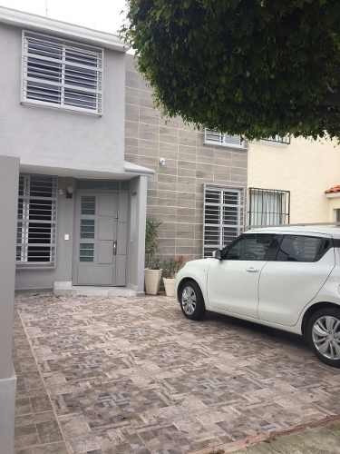 Casa En Renta En Residencial Plaza Guadalupe, Zapopan
