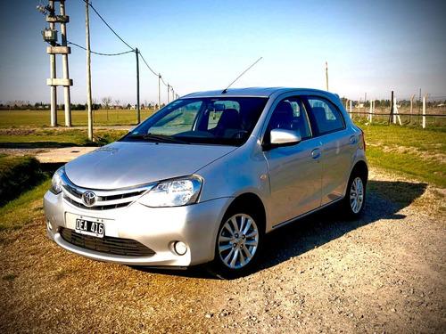 Toyota Etios 1.5 Xls 5 Ptas 2014