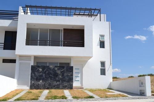 Casa Para Estrenar En Juriquilla En Desarrollo Sustentable
