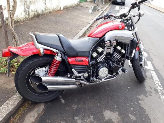 Yamaha - V-max -1.200 - Ano 1.995 - 24,500 Km Originais