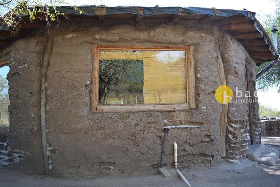 Casa De Adobe En Cortaderas