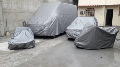 Imagem 1 de 6 de Capa Cobrir Carro 100% Impermeavél Civic Si Cobalt Clio Fit
