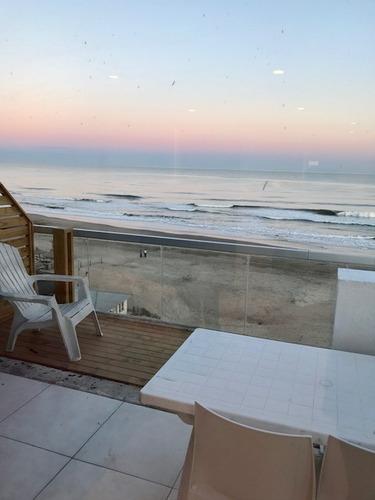 Imagen 1 de 13 de Alquilo Departamento Sobre La Playa Frente Al Mar Pinamar
