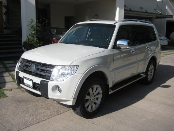 Mitsubishi Montero Limited 2010