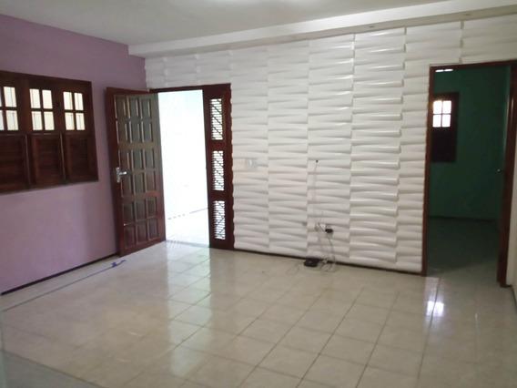 Aluguel Casa 3 Quartos, Piscina, Por Trás Da Arena Castelão