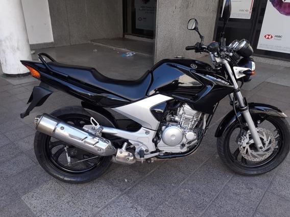 Vendo Permuto Yamaha Ybr 250