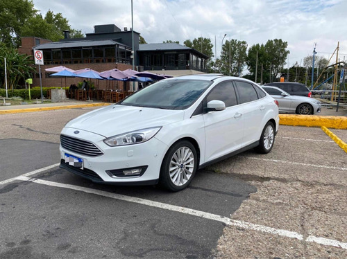 Ford Focus Iii 2.0 Sedan Titanium At6 2017