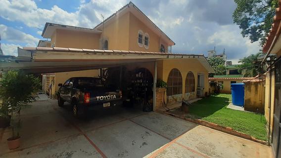 Casa En Venta En Trigal Centro Valencia 20-22526 Ajc