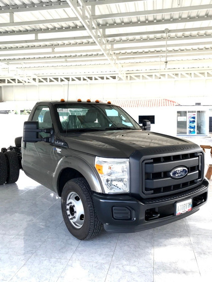 Ford F-350 Súper Duty 4x2 Ford Triton