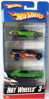 Hot Wheels Paquete De 3 Carritos, Escala 1/64.