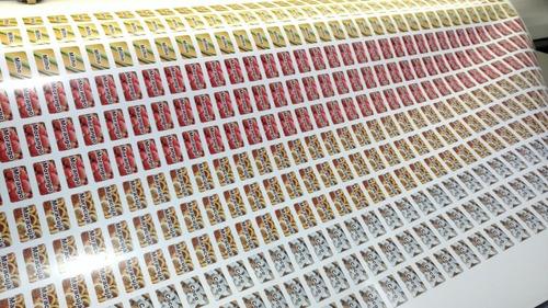 100 Adesivos Para Geladinho Sacolé Dindin - 4 Cm X 2,5 Cm