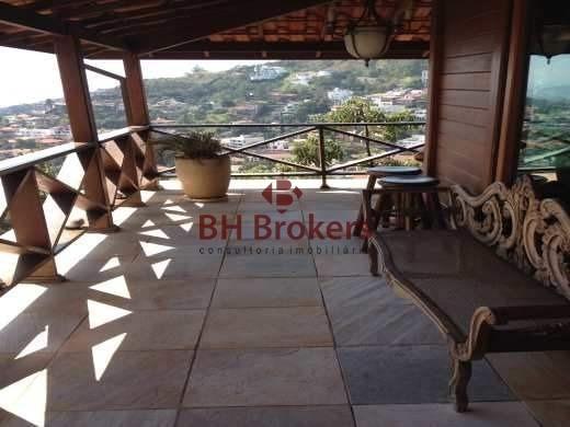 Casa Em Madeira; De 3 Quartos, 450,00m², 5 Vagas De Garagem, À Venda No Mangabeiras Por R$ 1.990.000 - 18015