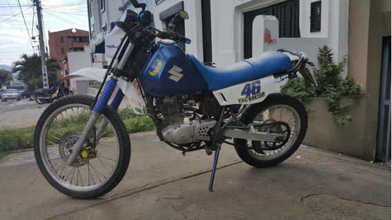 Moto Suzuki Dr 200 Japonesa