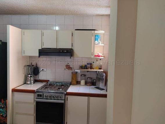 Apartamentos En Venta En Zona Este Rg 21-792