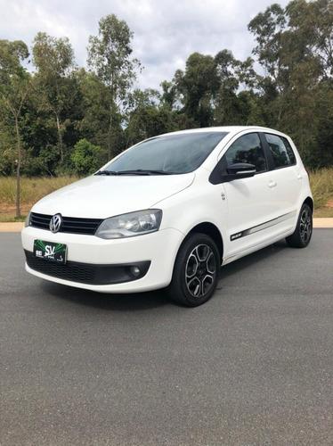 Imagem 1 de 14 de Volkswagen Fox Seleção 1.6