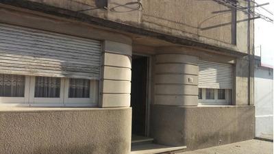 Casa 5 Ambientes Y 2 Baños