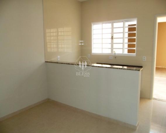 Casa Para Locação Na Vila Aielo Em Jundiaí - Sp Casa Com 2 Dormitórios, 1 Sala, 1 Banheiro, 2 Vagas - Ca00307 - 4513216