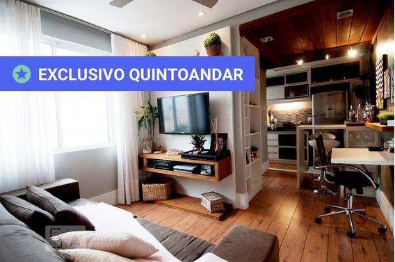Apartamento No 13º Andar Mobiliado Com 1 Dormitório - Id: 892944612 - 244612