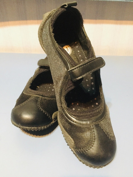 Zapatillas Merrell De Mujer Con Abrojo Casi Nuevas!