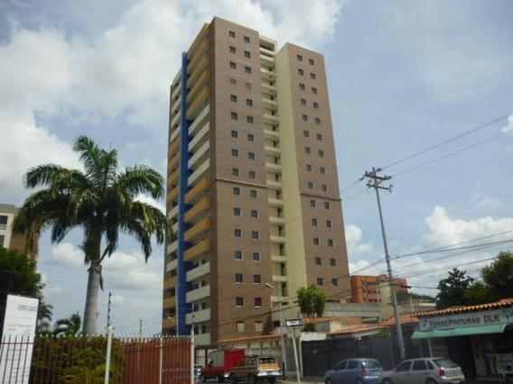 Apartamento En Venta Barquisimeto Centro Rhr 19-10603