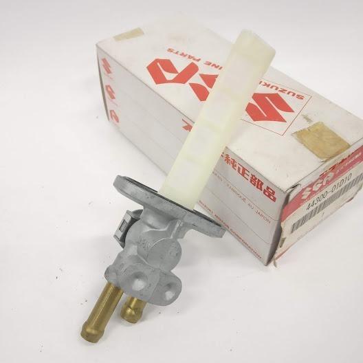 Registro De Combustivel Suzuki Gs500 01-05 4430001d10