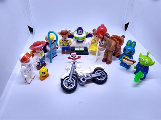 Pack 12 Personajes Toy Story 4