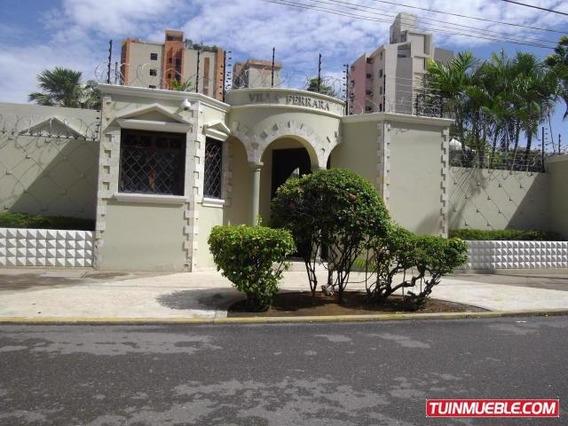 Casas En Alquiler #19-7554 Monica Molero 04146521912