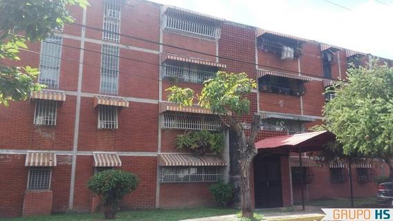 Apartamento En Fundación Maracay
