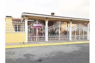 Casa Amueblada En Fraccionamiento Con Vigilancia 24 Hrs.