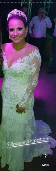 Vestido De Noiva Bordado Manga Longa Aberto E Mantilha 3 M