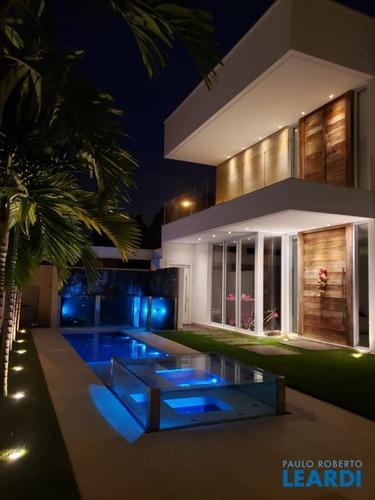 Imagem 1 de 15 de Casa Em Condomínio - Tamboré - Sp - 602570
