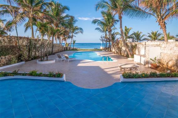 Hermosa Villa En Dominicus Frente Al Mar