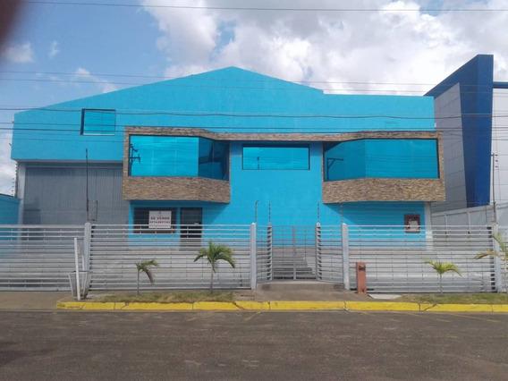 Family House Guayana - Galpón En Venta Master