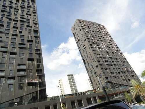 Departamento Amuebado En Magma Towers, Valle Oriente.