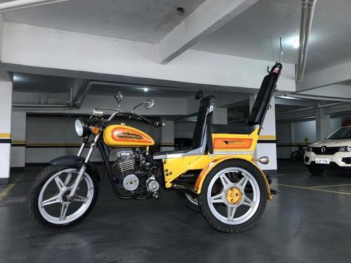 Imagem 1 de 5 de Triciclo Pessoas Com Deficiência Ou Não! 125cc