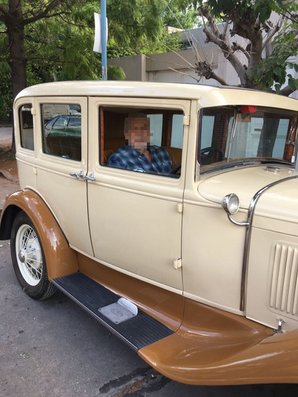 Ford A 1930 + Pack Repuestos