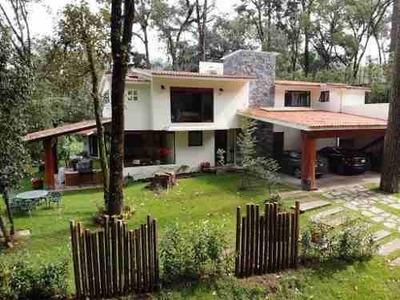 Casa Nueva En Uno De Los Fraccionamientos Mas Exclusivos De Valle De Bravo